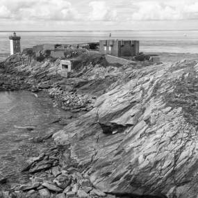 Le Conquet : phare du Kermorvan et fortin