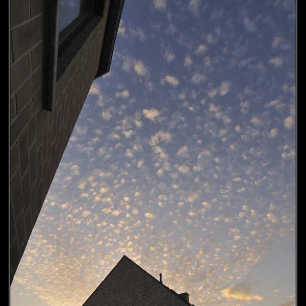 Louvain-la-neuve : nuages moutonneux